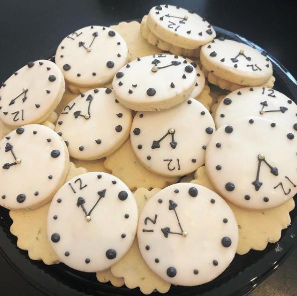 Daylight savings cookies